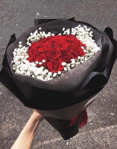 Bó hoa hồng đỏ baby- Bó hoa đẹp chúc mừng