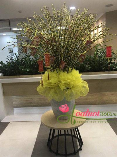 Bình hoa nụ tầm xuân - Vạn Sự Tốt Lành