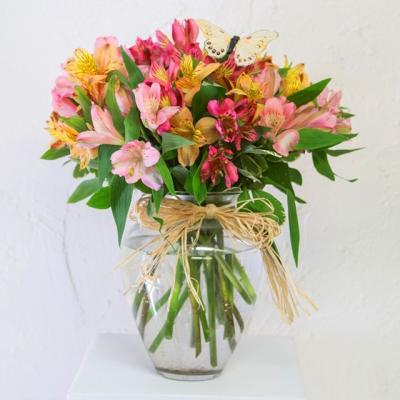 Bình hoa thủy tiên