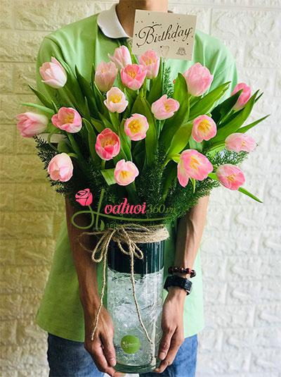 Bình hoa Tulip hồng - Trong veo