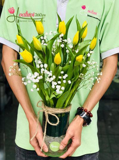 Bình hoa Tulip vàng - Niềm hạnh phúc bất tận