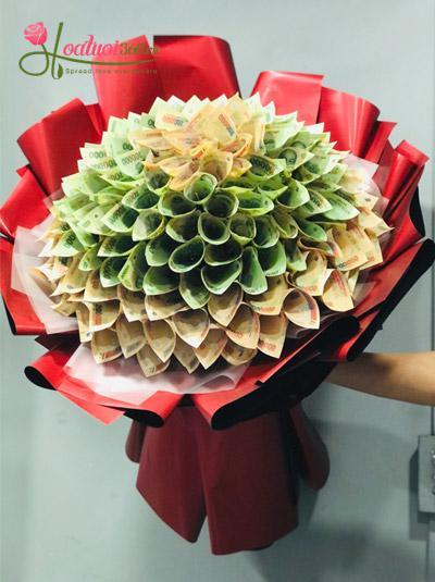Bó hoa bằng tiền - Hạnh phúc nồng nàn