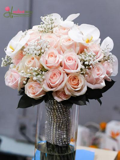 Bó hoa cầm tay cô dâu - Nét sang trọng