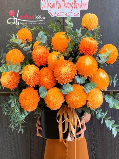 Hộp hoa cúc mẫu đơn cam - Lung linh