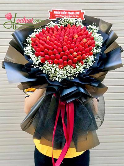 Bó hoa dâu tây - Sweet care