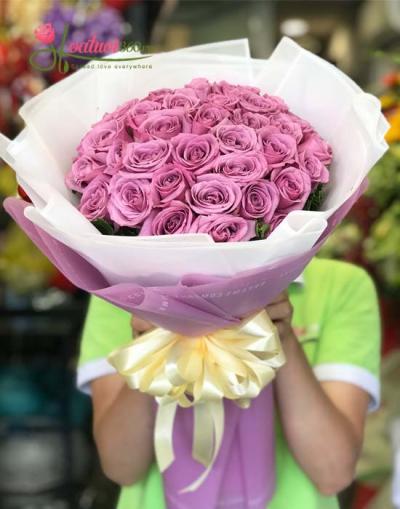 Bó hoa hồng tím thủy chung