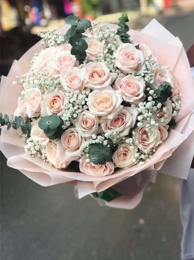 Bó hoa hồng vintage