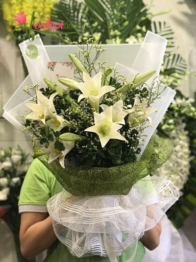Bó hoa loa kèn- Nhớ về Hà Nội