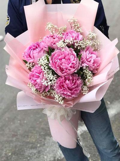 Bó hoa mẫu đơn - Đong đầy yêu thương