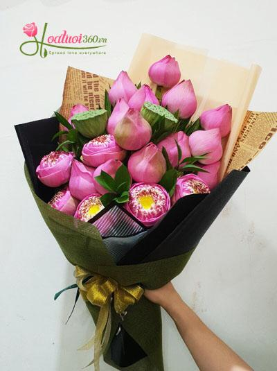 Bó hoa sen hồng - Sự thanh tao