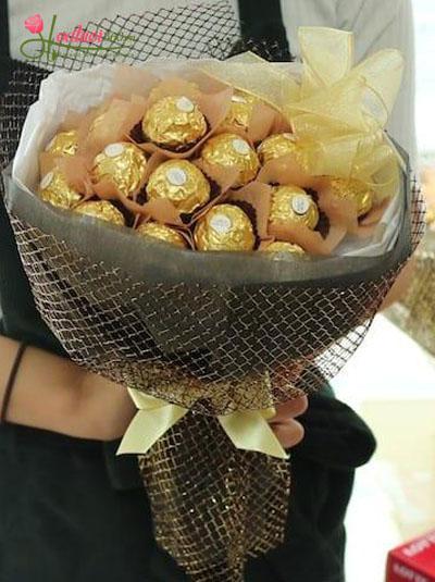 Bó hoa socola - Cô bé kẹo ngọt