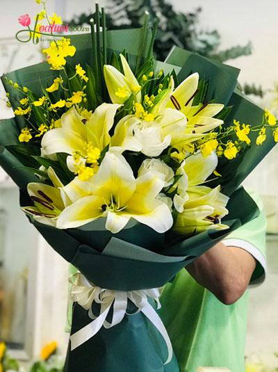 Bó hoa tặng sự kiện 2