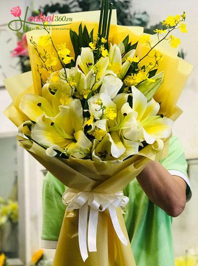 Bó hoa tặng sự kiện tone vàng rực rỡ