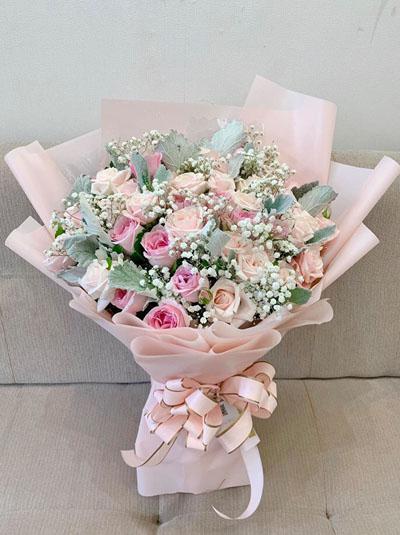 Bó hoa tone pastel nhã nhặn