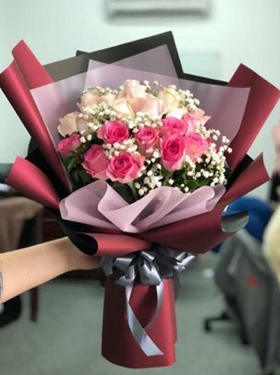 Bó hoa tuơi - Điều ngọt ngào cho em