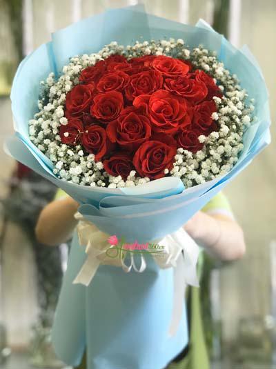 Bó hồng đỏ baby - Tone màu tình yêu