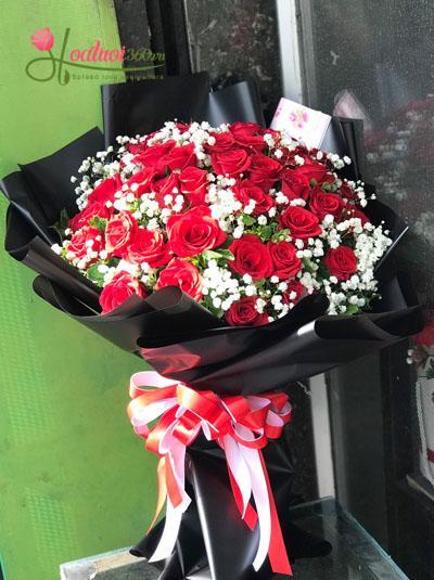 Bó hồng đỏ - Điều huyền bí