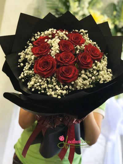 Bó hồng đỏ Ecuador - Vòng tay ấm áp