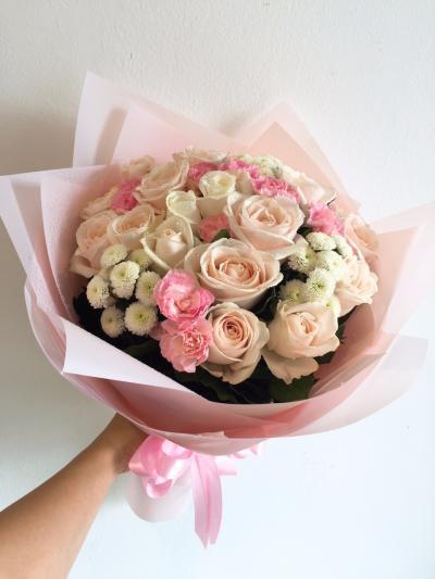 Bó hồng Pastel