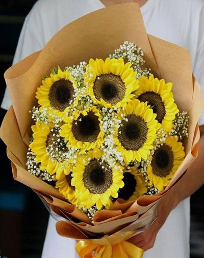 Bó hướng dương kết hợp hoa baby