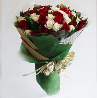Bó hoa Phút giây lãng mạn