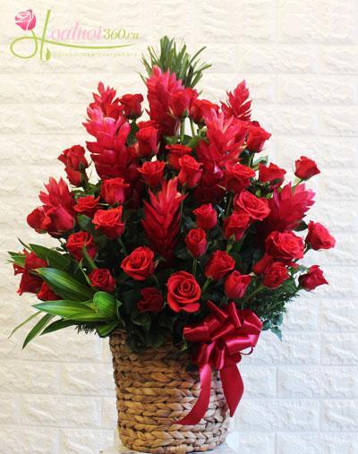 Giỏ hoa: May mắn cả năm