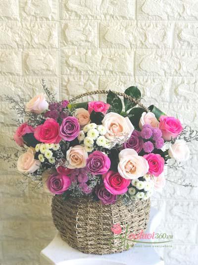 Giỏ hoa xinh xắn tặng người thân