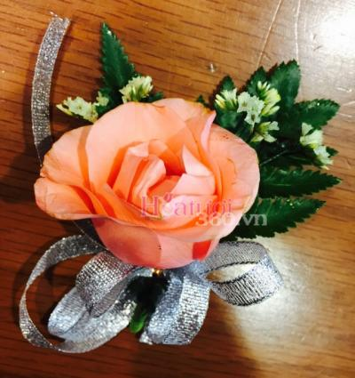 Mẫu hoa hồng cam cài áo đại biểu