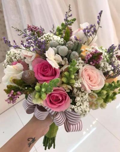 Hoa cầm tay cô dâu - Chung nhịp đập