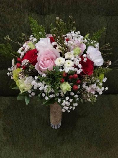 Hoa cầm tay cô dâu - Khi hai ta về một nhà