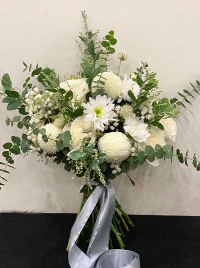 Hoa cầm tay cô dâu - Thuần khiết