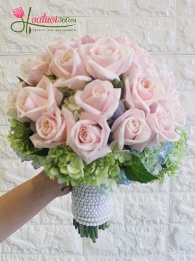 Hoa cầm tay cô dâu - Tinh tú