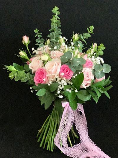 Hoa cầm tay cô dâu - Trọn đời bên nhau