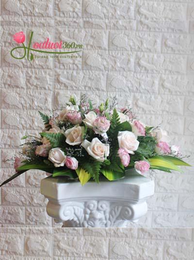 Hoa để bàn - Hình oval hồng nhạt