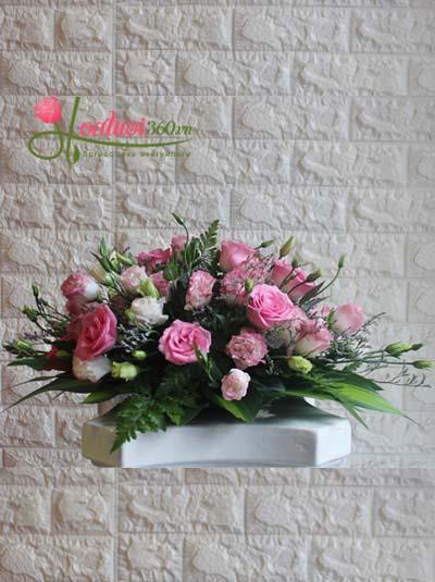 Hoa để bàn - Hình oval màu hồng đậm