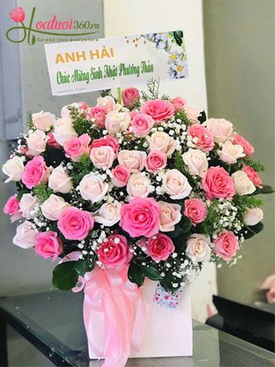 Hoa hồng hộp kết hợp - Rực rỡ tuổi thanh xuân