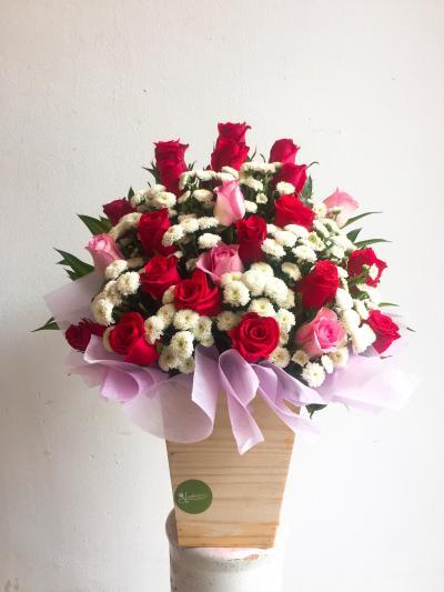 Hoa hộp gỗ ngọt ngào