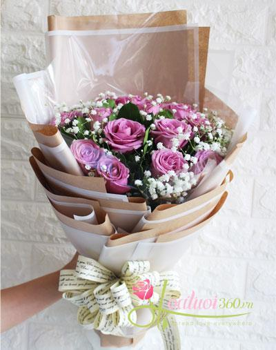 Bó hoa hồng tím 14 bông thể hiện tình yêu đắm say