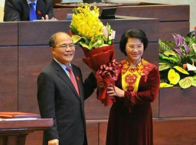 Hoa mừng đại biểu