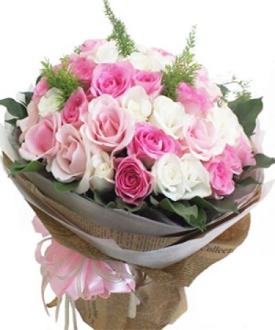 tình yêu lên ngôi 66 đóa hoa hồng song hỷ