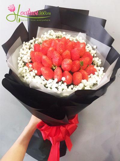 Hoa trái cây- Bó dâu tây kết hợp baby trắng