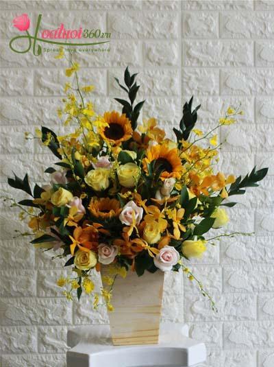 Hộp hoa chúc mừng - Rực rỡ
