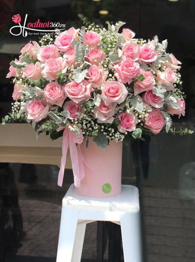 Hộp hoa hồng Ecuador - Dịu dàng bên em
