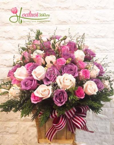 Hộp hoa hồng lãng mạn