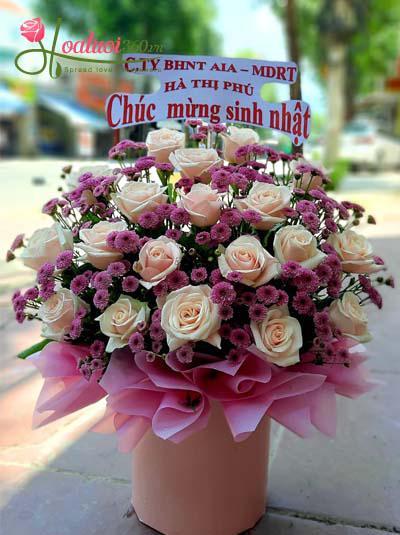 Hộp hoa tình bạn bền chặt