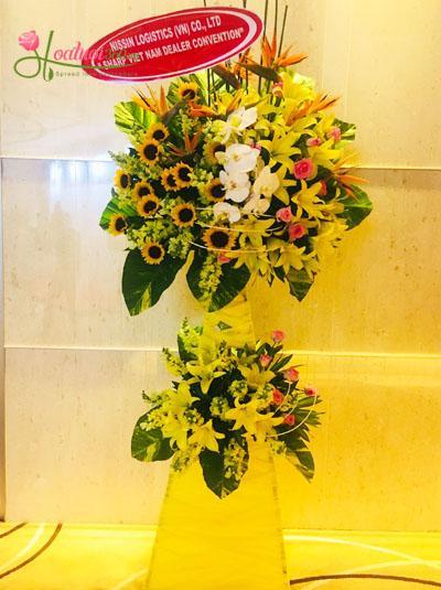 Kệ hoa đẹp chúc mừng