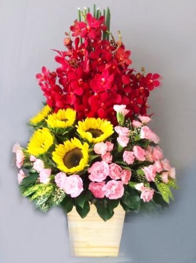 Hộp hoa tươi - Kính tặng cô thầy