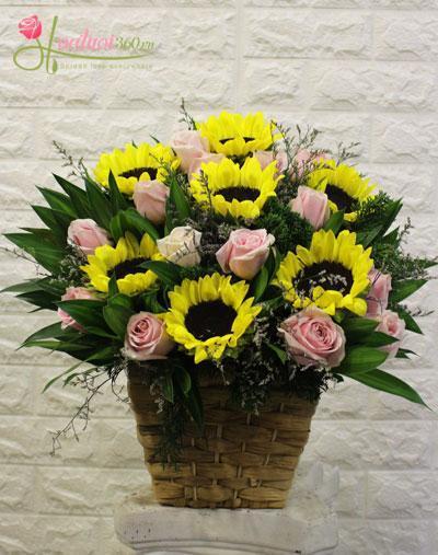Hộp hoa chúc mừng sinh nhật mẹ đẹp và sang trọng