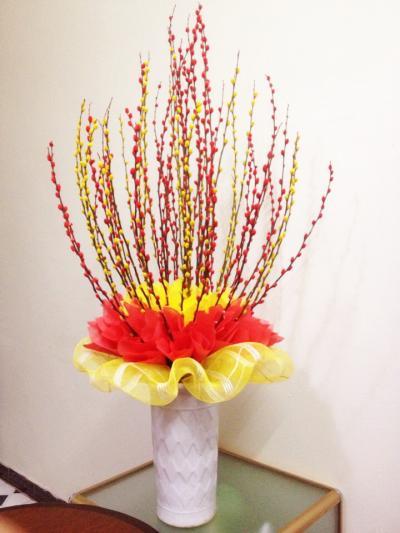 Bình hoa tầm xuân - Phúc lộc tràn đầy