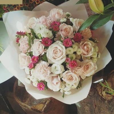 Bó hoa cẩm chướng đẹp nhất phù hợp hoa chúc mừng sinh nhật mẹ
